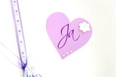 Close-up van een giftomslag met een hart Royalty-vrije Stock Afbeelding