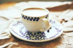 Close-up van een grote mok koffie stock afbeelding
