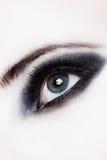 Close-up van een oog met make-up Stock Fotografie