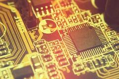 Close-up van elektronische kringsraad met bewerker Stock Fotografie