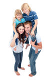 Close-up van familie die op de rug van rit geniet Stock Foto