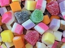 Close-up van gemengde snoepjes stock afbeeldingen