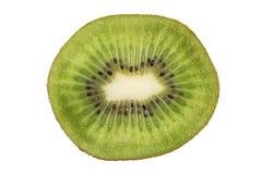 Close-up van gesneden kiwifruit geïsoleerd Stock Afbeeldingen