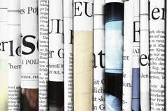 Close-up van gevouwen kranten Stock Afbeelding