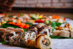 Close-up van Grote Sushi Maki Set Royalty-vrije Stock Foto's