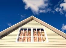 Close-up van het dak van het countrisidehuis Stock Afbeeldingen
