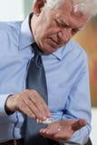 Close-up van het nemen van de geneeskunde Royalty-vrije Stock Foto's