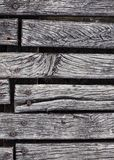 Close-up van het ruwe doorstane hardhout decking Royalty-vrije Stock Fotografie