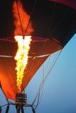 Close-up van hete luchtballons met achtergrond van de brand de blauwe hemel Stock Foto