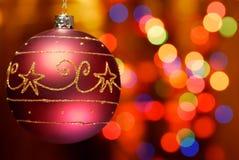 Close-up van Kerstmisbal met abstract licht Stock Foto