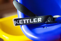 Close-up van Kettler-embleem op fietsveiligheidsgordel Royalty-vrije Stock Afbeeldingen