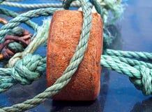 Close-up van kleurrijke vissersnetten en visserskabel royalty-vrije stock afbeeldingen