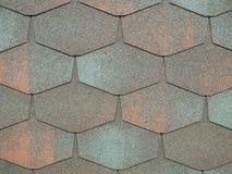 Close-up van moderne de dakspanentegels van het heaxgondak waterdichte gewaagde ruwe oppervlakte voor huis buitendekking stock afbeelding