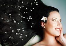 Close-up van mooi gezicht met lang haar Stock Foto's