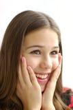 Close-up van mooi meisje op witte achtergrond Royalty-vrije Stock Afbeeldingen