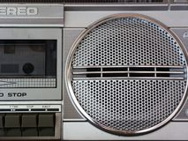 Close-up van retro/uitstekende portabl radiocasset stereo audiospeler stock afbeelding