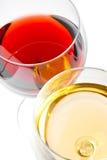 Close-up van rode en witte wijnglazen Royalty-vrije Stock Afbeeldingen