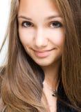 Close-up van schitterend jong donkerbruin meisje. stock foto's