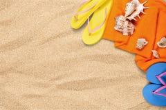 Close-up van strandtoebehoren op zand Wipschakelaars Royalty-vrije Stock Afbeelding
