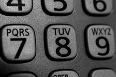 Close-up van telefoongetal en letter knopen op draadloos apparaat, m Stock Fotografie