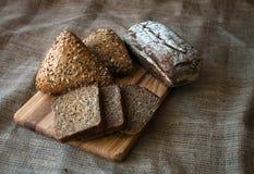 Close-up van traditioneel brood. Gezond voedsel. Stock Foto