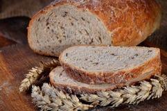 Close-up van traditioneel eigengemaakt brood Stock Foto
