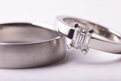 Close-up van trouwringen royalty-vrije stock afbeeldingen
