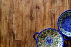 Close-up van uitstekende plaat met kleurrijke ornamenten Royalty-vrije Stock Afbeelding