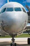 Close-up van vliegtuigneus stock foto's