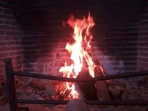 Bonfire in the fireplace Royalty Free Stock Photos