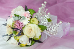 Close-up of wedding bouquet whith crown Royalty Free Stock Images