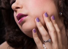 Close-up Of Woman's Hand Wearing Diamond Ring Royalty Free Stock Photo