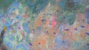 Close-upbeeld in olie wordt geschilderd die Olie-geschilderde abstractie 4K stock video