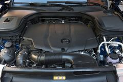 Close-updetail van nieuwe motor van een auto Autotransmissie stock fotografie