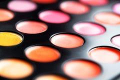Close-upmacro van lipglosspalet dat wordt geschoten Kleurrijke salonschoonheidsmiddelen voor de samenstellingsproduct van Vibrant Royalty-vrije Stock Fotografie