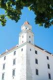 Close-upmening aan een toren van het kasteel van Bratislava Royalty-vrije Stock Foto's