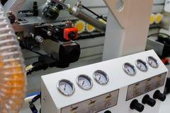 Close-upmening van de rand het verbinden machine Stock Foto