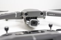 Close-upmening van DJI Mavic 2 Prohommel royalty-vrije stock afbeeldingen