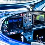 Close-upmening van vliegtuigcontrolebord royalty-vrije stock foto