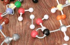 Close-upmodellen van molecules van een plastic aannemer stock afbeeldingen
