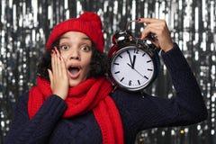 Close-upportret van gelukkige de wintervrouw Stock Afbeeldingen