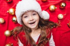 Close-upportret van leuk Kerstmismeisje Stock Fotografie