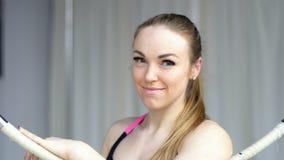 Close-upportret van pooldanser Slow Motion stock footage