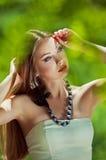 Close-upportret van sensuele mooie vrouw Stock Foto's
