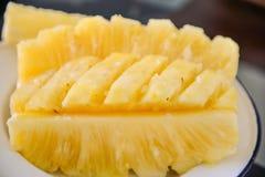 Close-upvlees van de ananasplak Stock Fotografie