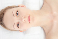 Close your eyes woman Royalty Free Stock Photos
