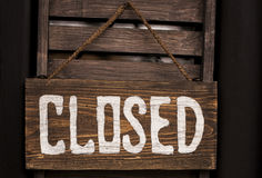 Closed sign hanging in a door Royalty Free Stock Photography