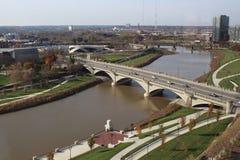 Overhead view of West Broad Street Bridge spanning the Scioto River, Columbus, Ohio stock images