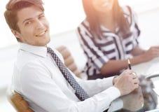 closeup Менеджер и клиент стоковое фото