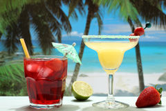 cocktails with fruit on the beach Royalty Free Stock Photography